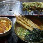 大地のうどん - ポテチクうどん 麺大盛、ミニ丼(カツ丼)