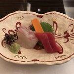 日本料理 花菊 - 造里:お造り三種盛り 芽物一式