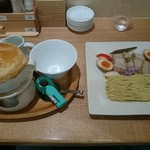 89745030 - パイ包みのオニオンスープつけ麺