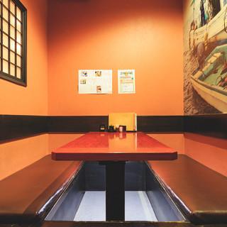 【個室席】最大6名様までご案内できる掘りごたつ席をご用意。