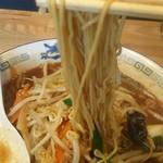 89748775 - 味噌ラーメン(太麺)