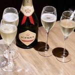 クアトロ ワイン バー - J.C.ルルー ソーヴィニヨン・ブラン