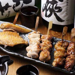 専門農場から仕入れる【ほろほろ鳥】は日本酒と相性抜群◎