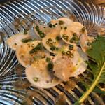 AWkitchen TOKYO - カルパッチョのアップ