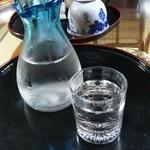 民宿 五ヨ門 - ドリンク写真:三笑楽の冷酒。五箇山のお酒です(* ̄∇ ̄)ノ