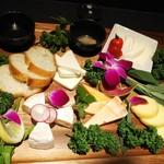 Haru - チーズ5種盛り合わせ