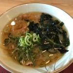 八幡食堂 - 豚汁162円