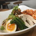 まんねん - ピリカラ冷麺