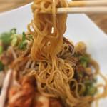 まんねん - 麺リフト