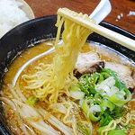 旭川らーめん かすい - 料理写真:辛みそらーめん780円+ライス150円