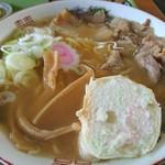 89769654 - かなり野趣溢れる濃い味スープ