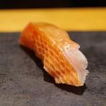 すし 喜邑 - 金目鯛