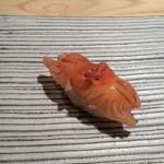 鮨 巳之七 - 赤貝。