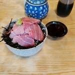 ヤマキ - 料理写真:中トロ丼(実質大トロ丼)1600円