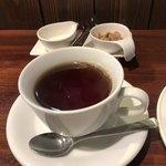 ビストロマエダ - 食後の紅茶