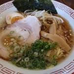 とらまる製麺 醤油らーめんあられ - 料理写真: