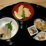 銀座つる - 群馬県産マスの玄米揚げ、刺身湯葉、刺身コンニャク、小鉢3品