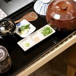 うなぎ海鮮料理 六なぎ - 上ひつまぶし (一尾)