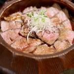 うなぎ海鮮料理 六なぎ - 牛まぶし