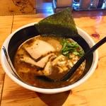 麺場 浜虎 - こく醤そば+乱切りこんにゃく麺に変更