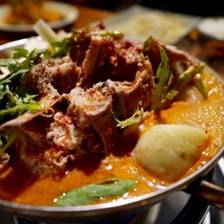 当店一番人気◆ソナムの看板美容鍋「元祖カムジャタン」