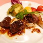 ピッツェリア・サバティーニ - 和牛リブロースの串焼きスーゴディカルネのソース