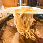 らーめん ヒグマ - 麺リフト