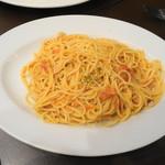 シンプルキッチン - 蟹のトマトクリームパスタ
