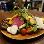 池袋 肉バルBon - ☆有機野菜のバーニャカウダ(●^o^●)☆