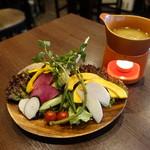 池袋 肉バルBon - ☆こだわりのお野菜たち(^◇^)☆