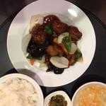 北浜 上海食苑 - 酢豚定食