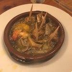 トリバル - エビとマッシュルームのアヒージョ