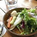 Restaurant L LOTA - ランチセットのサラダ