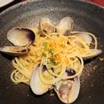 ダルセーニョ - アサリとカラスミのオイルソース