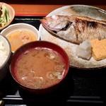 めしの助 - あかむつ(のど黒)塩焼き定食