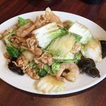 中華料理 悟空 - 料理写真:エビと豚肉と白菜炒め¥750(日替わり)