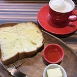 カフェまる - ハウスブレンドのウインナーコーヒー  モーニングセット