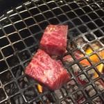 焼肉どうらく - 【'18.7】カイノミ900えん。