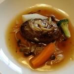 洋風旅館 ぴのん - 料理写真:煮込みハンバーグ