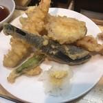 魚三酒場 - 天ぷら盛合せ
