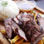 89863876 - 肉バル特製肉盛りプレート 120g