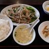 中国料理 華林 - 料理写真:豚肉とニンニクの芽炒め定食750円