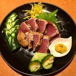 炉端と肉割烹 笹揶 - カツオの タタキ