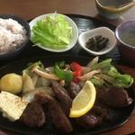 森のキッチン かわい - サガリカットステーキセット1790円