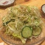 白虎隊 - 白虎隊サラダ・380円。もしや同じ値段の得盛きゃべせんサラダと間違ったんではないかとすら思う。しかも得盛りでもない。