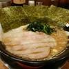 麺作ブタシャモジ