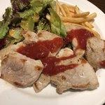 TAPEO - 本日の豚ステーキは、米沢ポーク
