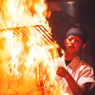 1M以上もの炎を上げる藁焼きシーンは必見!