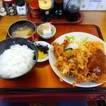 満腹屋 - 料理写真:唐揚げハーフ定食(ミンチカツ) 900円(税込)