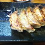 博多とんこつ でびる麺 - 餃子